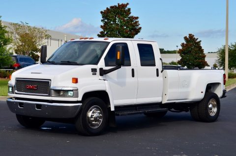 immaculate shape 2007 GMC C 5500 Topkick monster truck for sale