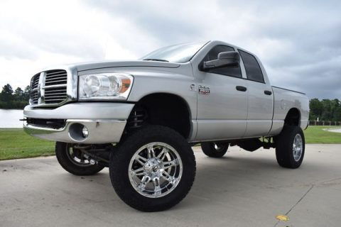 very nice 2008 Dodge Ram 2500 SLT monster truck for sale