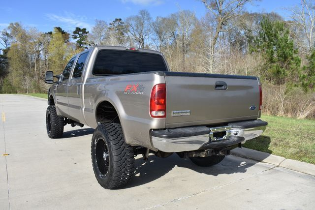 very nice 2006 Ford F 250 XLT monster pickup