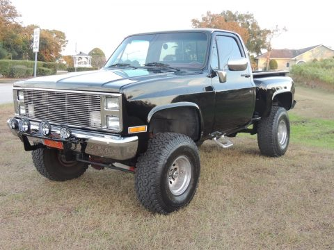 very clean 1987 Chevrolet Pickups Scottsdale monster pickup for sale
