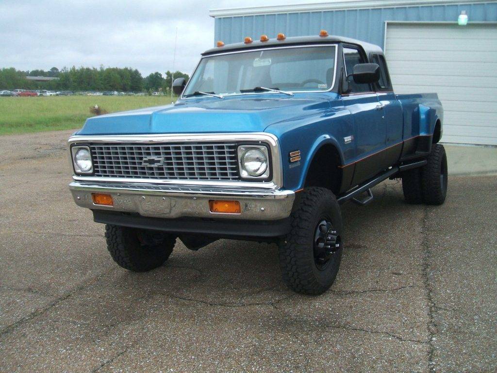 custom built 1972 Chevrolet C/K Pickup 3500 monster