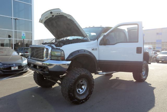 fully optioned 2001 Ford F 350 XLT Supercab Short Bed monster