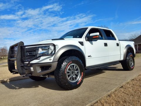 great shape 2011 Ford F 150 Raptor SVT monster for sale