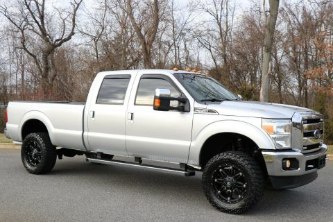 fully loaded 2012 Ford F 350 LARIAT pickup monster for sale