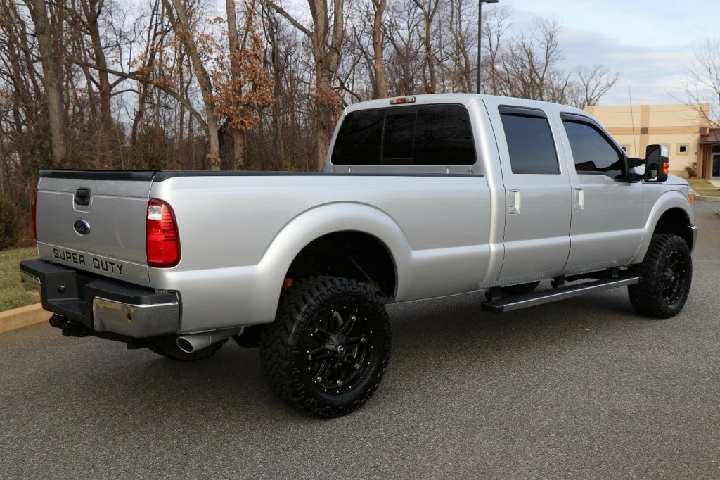 fully loaded 2012 Ford F 350 LARIAT pickup monster