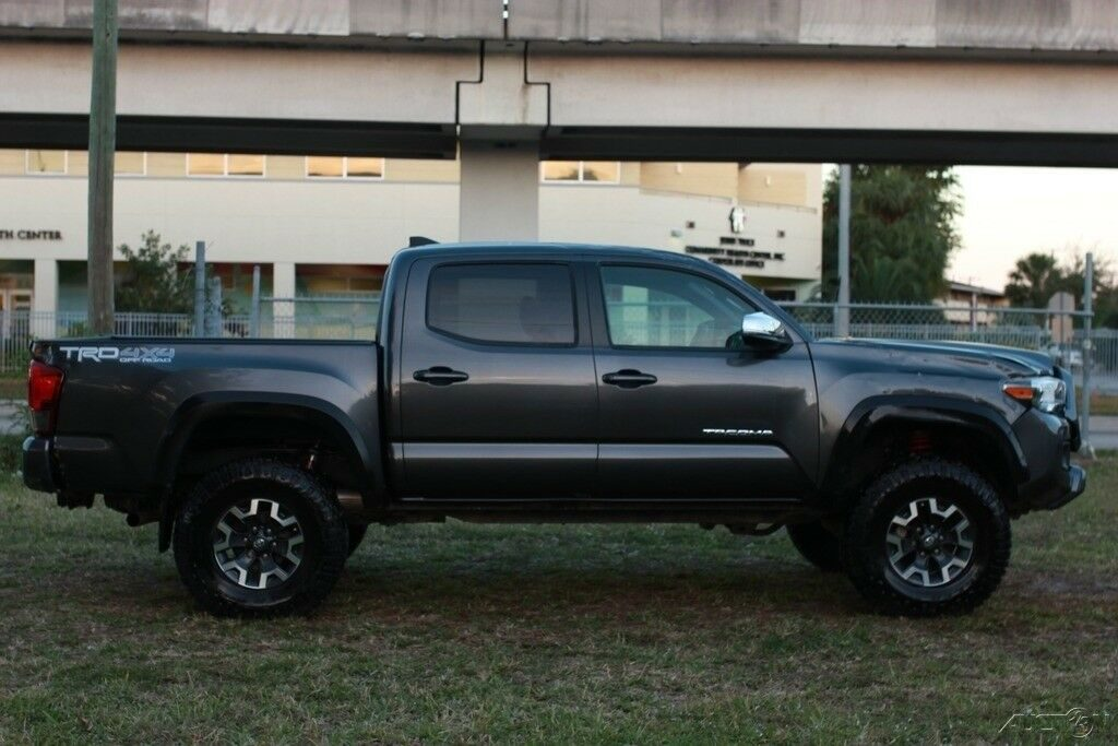 loaded with goodies 2018 Toyota Tacoma TRD monster truck