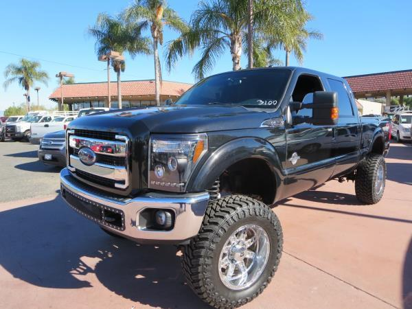 low miles 2012 Ford F-250 LARIAT monster