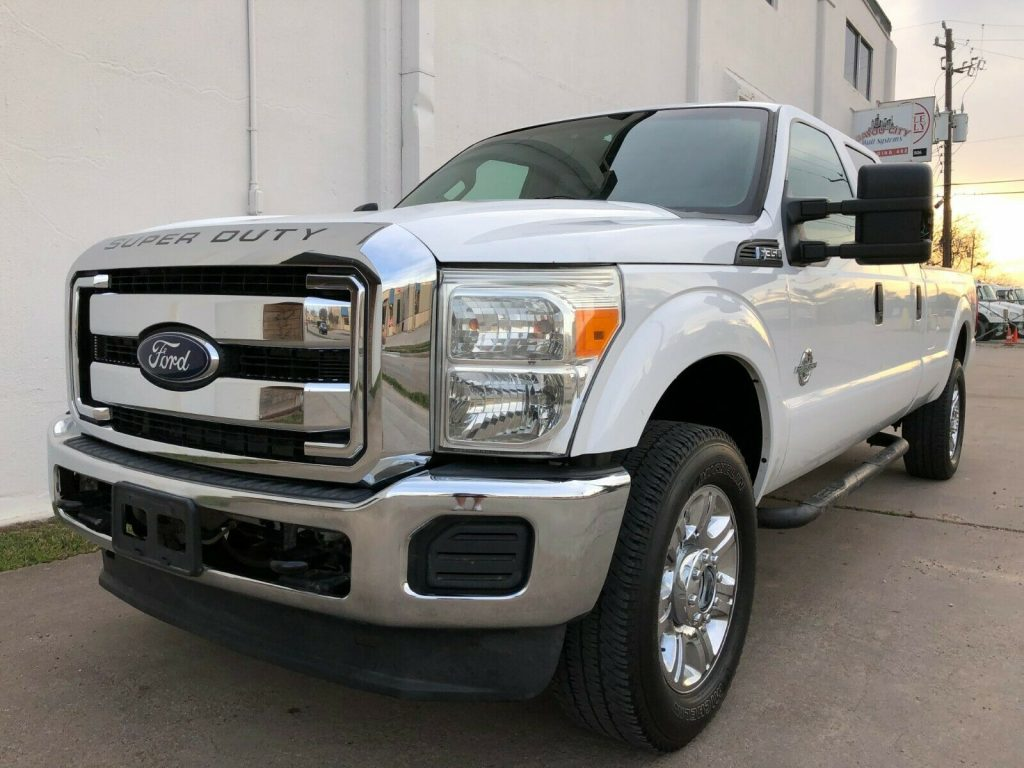 nice and clean 2012 Ford F 350 pickup monster