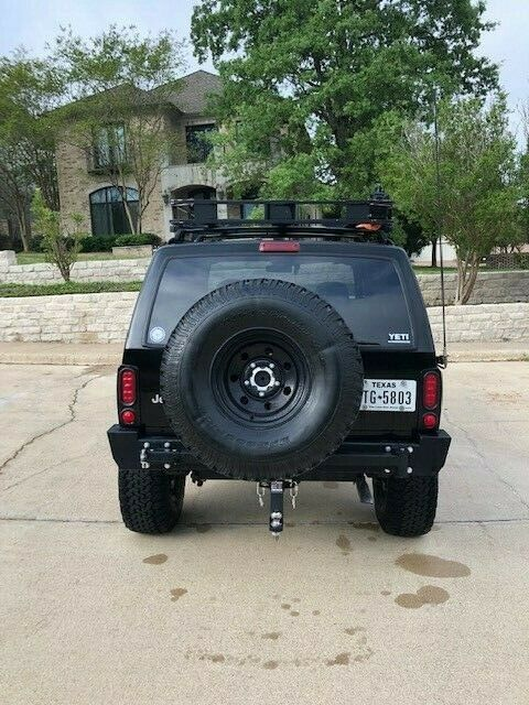 very nice 2000 Jeep Cherokee Sport 4×4 monster