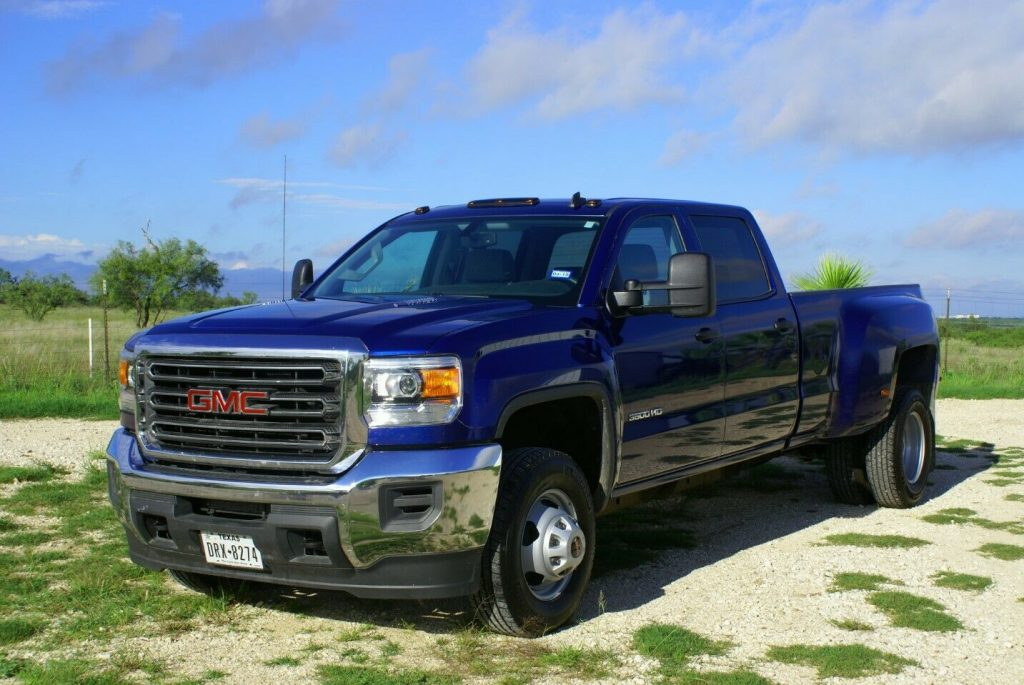low miles 2015 GMC Sierra 3500 monster