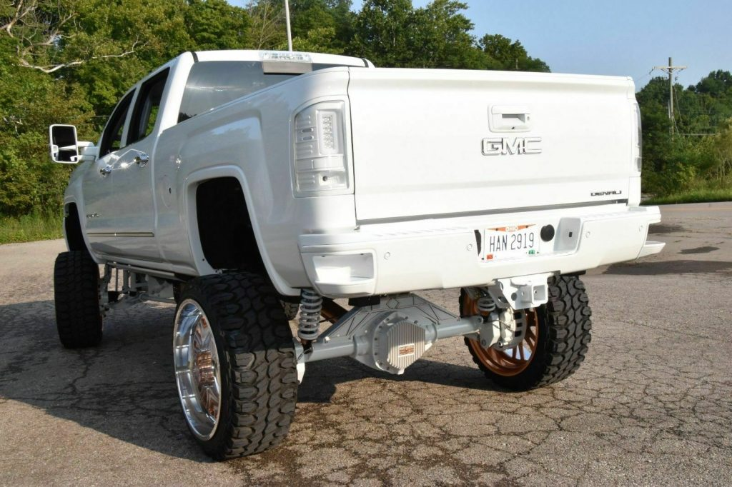 nicely customized 2015 GMC Sierra 2500 Denali monster