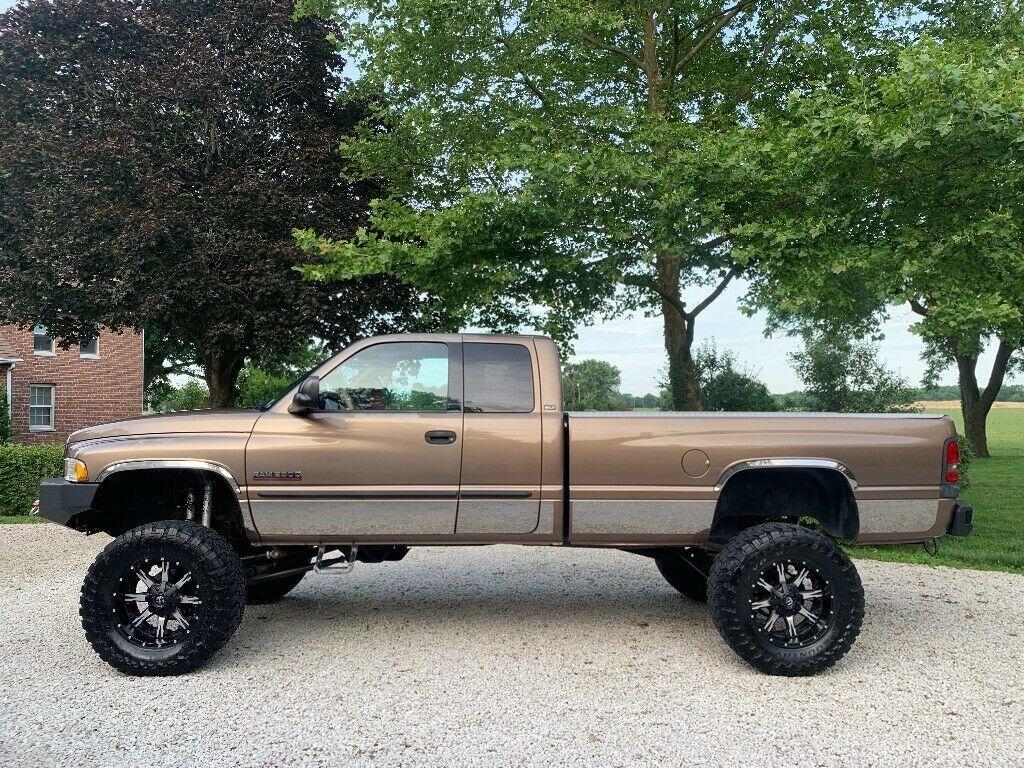 customized 2001 Dodge Ram 2500 pickup monster