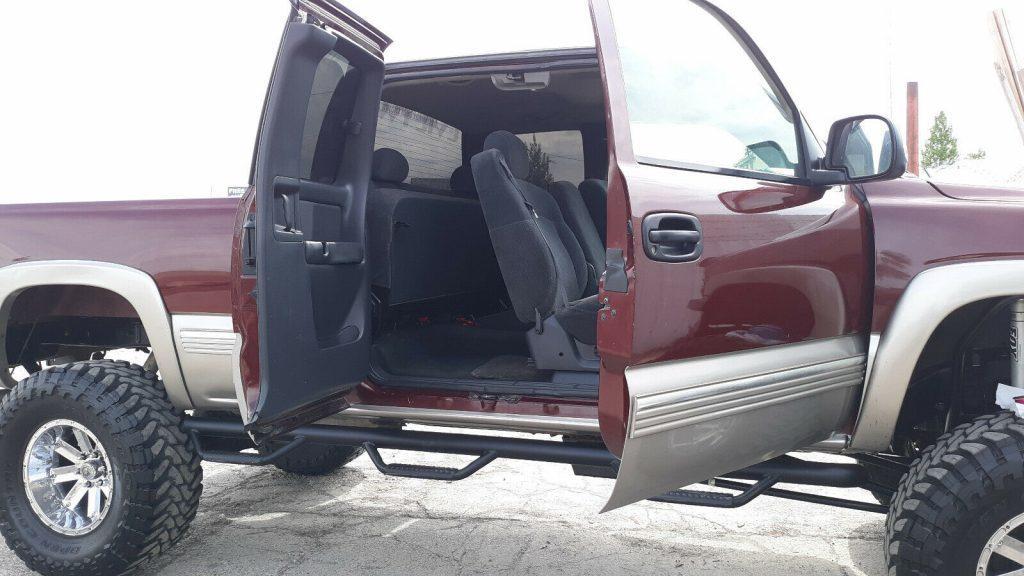 very nice 1999 Chevrolet Silverado 1500 pickup monster
