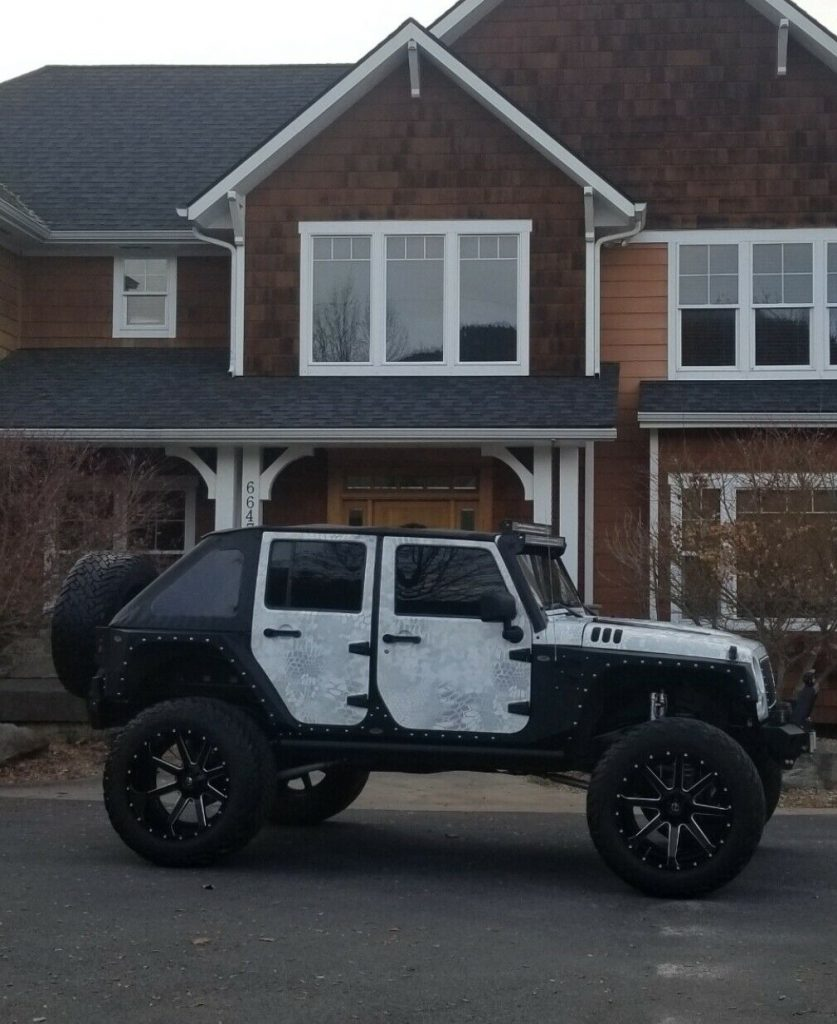 completely modified 2007 Jeep Wrangler Rubicon monster