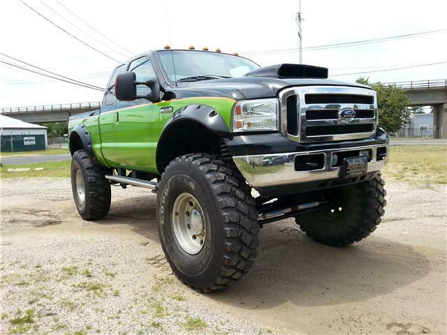 custom lifted 2006 Ford F 250 XL pickup monster