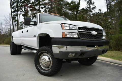 lifted 2005 Chevrolet Silverado 3500 DRW LS pickup monster for sale