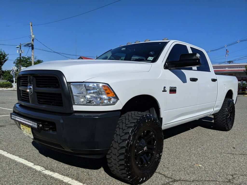 low miles 2012 Dodge Ram 2500 ST monster