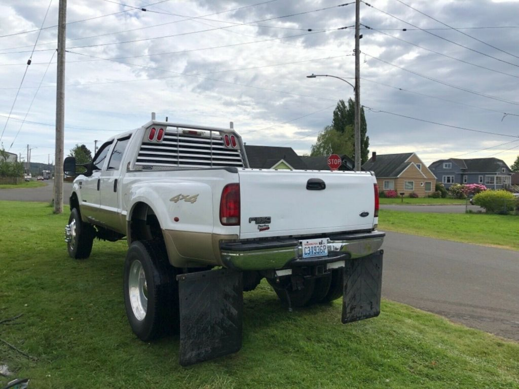 many upgrades 2000 Ford F 350 SuperDuty pickup monster