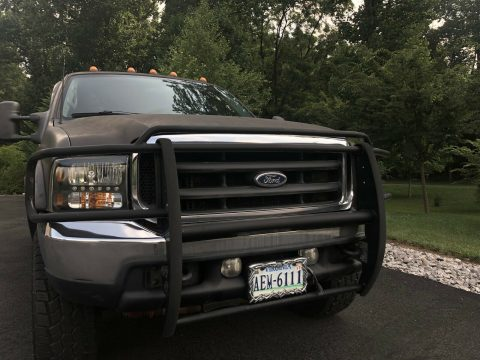 minor dents 2001 Ford F 250 pickup monster for sale