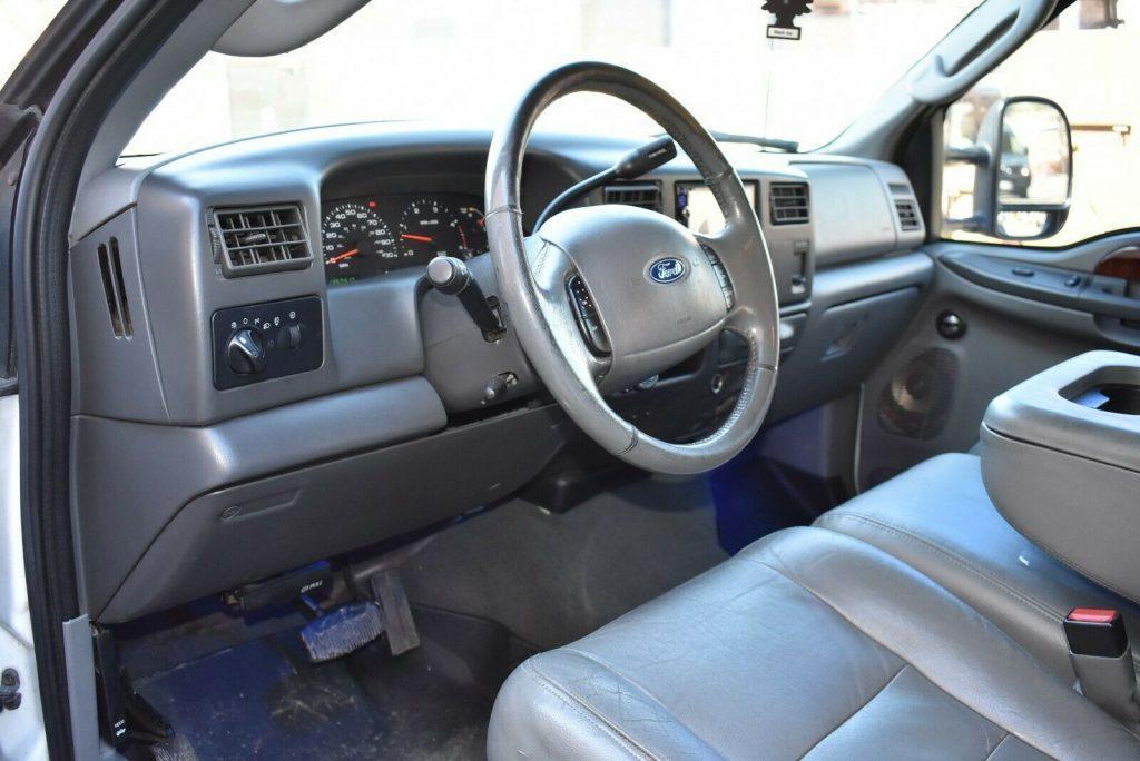 upgraded 2003 Ford F 350 Lariat pickup monster