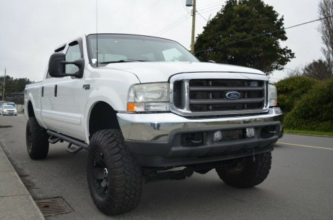 well equipped 2002 Ford F 350 Lariat pickup monster for sale