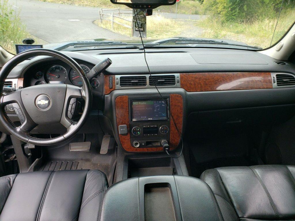 well modified 2007 Chevrolet Silverado 2500 HD LT Z71 monster