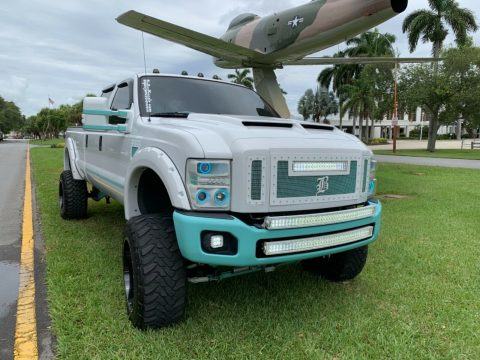 well modified 2008 Ford F 350 FX4 pickup monster for sale