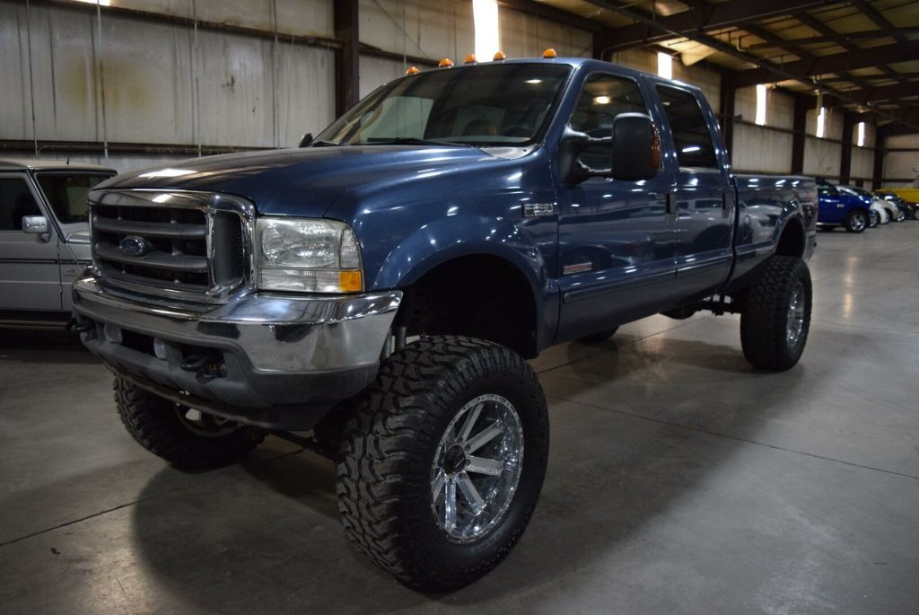 very nice 2004 Ford F 250 Lariat monster