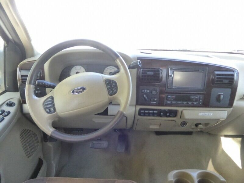 very nice 2006 Ford F 350 Crew Cab 172 King Ranch monster