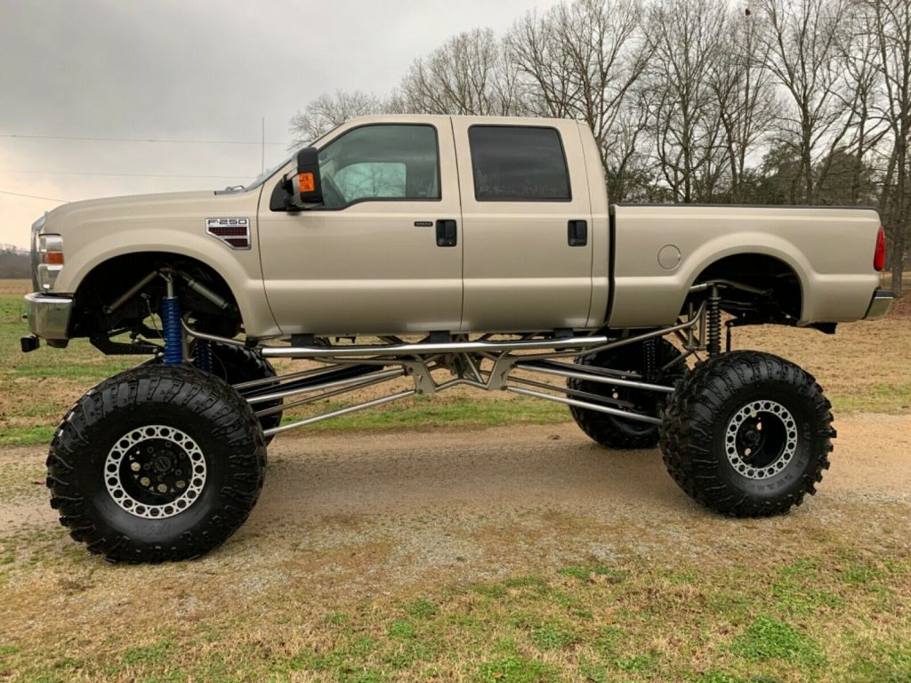 low miles 2009 Ford F 250 Xlt monster