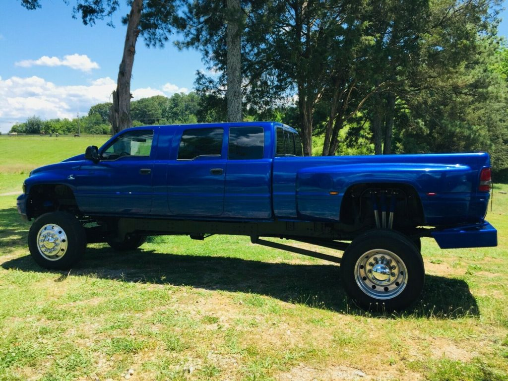 custom build 1995 Dodge Ram 3500 monster