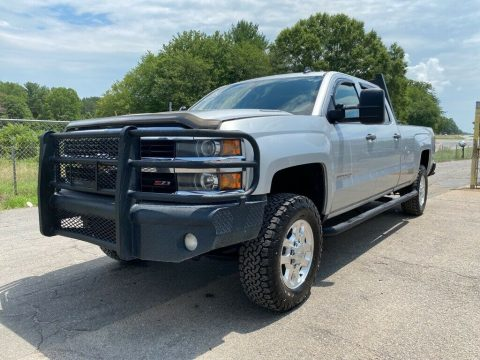 loaded 2015 Chevrolet Silverado 3500 LT monster for sale