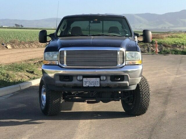 some imperfections 2003 Ford F 250 Super DUTY monster