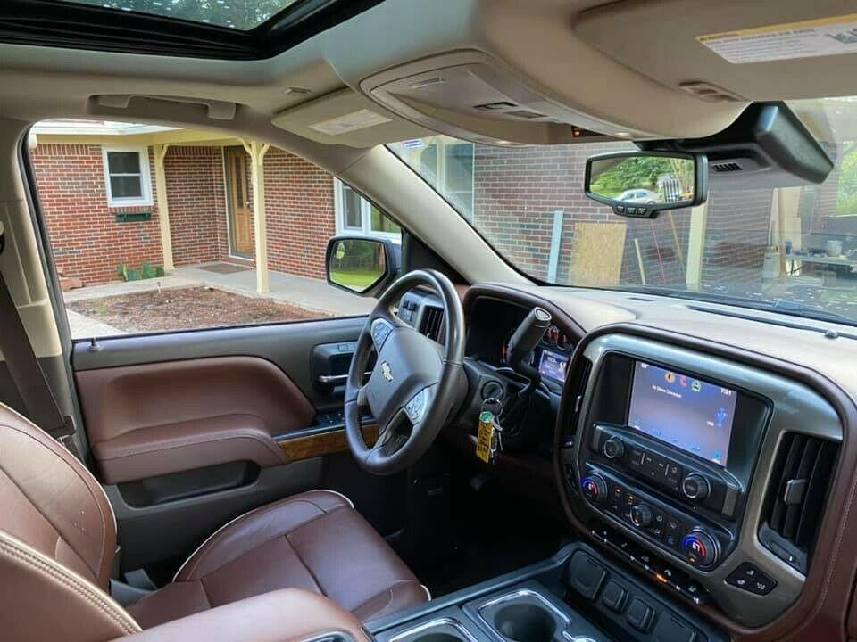 upgraded 2014 Chevrolet Silverado 1500 monster